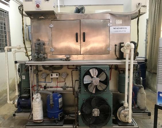 Trang thiết bị xưởng lạnh công nghiệp - Máy đá cây